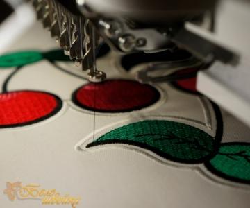 """дизайн шеврона """"вишенка"""" интернет-магазин дизайнов машинной вышивки Ната Белошвейка"""