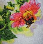 """Фотостежок """"Пчела на цветке"""""""