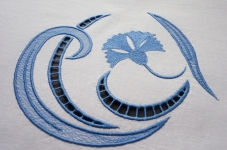 Дизайн для машинной вышивки «Василек»