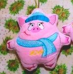 """""""Хрюшка-новогодняя игрушка"""" дизайн машинной вышивки"""